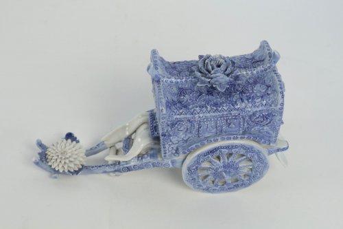 Asian Art & Antiques  - Original Porcelain Carriage