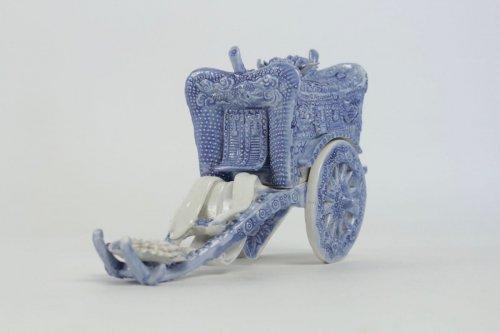 Antiquités - Original Porcelain Carriage