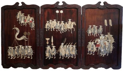 Extremely Rare Triptych of a Military Procession, Japan 19th century