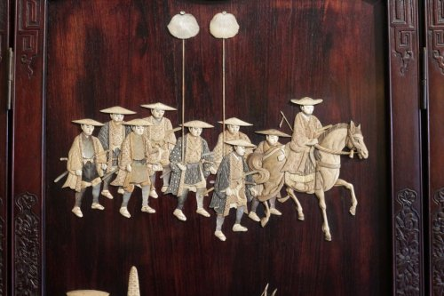 19th century - Extremely Rare Triptych of a Military Procession, Japan 19th century