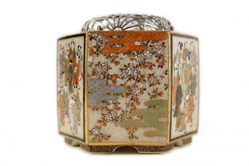 An Hexagonal Satsuma Incense burner (Koro) - Shizan