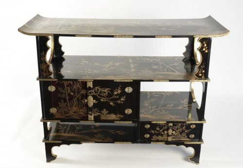 "Asian Art & Antiques  - Lacquered Cabinet Shodana ""3 friends"" Decoration"