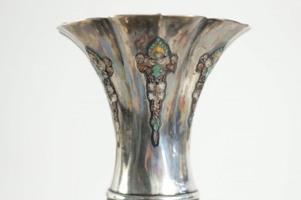 Rare pair of silver vases in shibayama inlaid by masatsugu ref64379 antiquits rare pair of silver vases in shibayama inlaid by masatsugu reviewsmspy