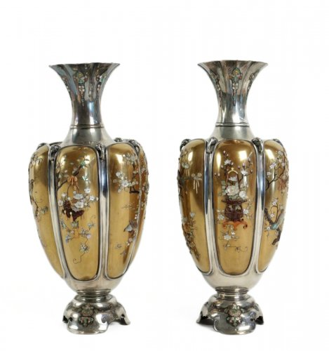 Rare Pair of Silver Vases in Shibayama Inlaid by Masatsugu