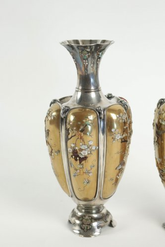 Rare Pair of Silver Vases in Shibayama Inlaid by Masatsugu - Asian Art & Antiques Style
