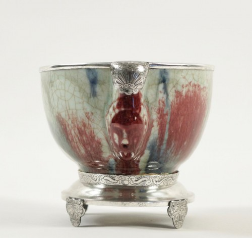 Chinese Cup in sandstone and Flamed Enamels on a silver stand -