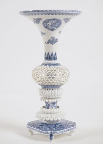 19th century - Hirado Vase Gu Shape