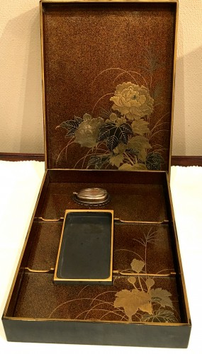 Lacquered Writing Box (Suzuri Bako) with Cranes Design