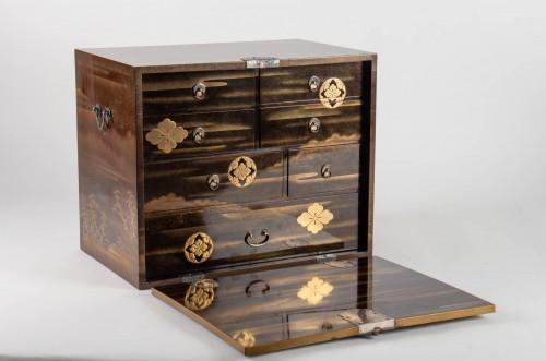 - Japanes gold Lacquer Cabinet - Kodansu