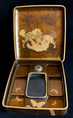 Antiquités - Lacquered Writing Box (Suzuri Bako) with Peonies Design