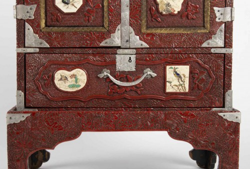 Japanese Cabinet in Carved Red Lacquer -