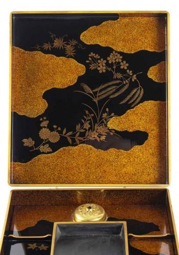 Asian Art & Antiques  - Suzuri bako (écritoire) par Moriya Shotei (1890-1972)