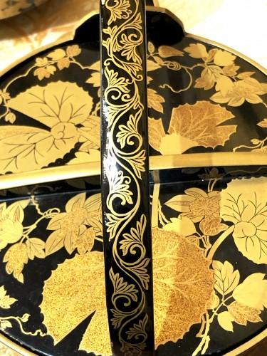 20th century - Rare Pair of Lacquered Iron Matching Sake Ewers, japan cirac 1920