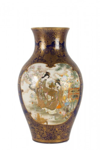 A Large and rare Satsuma Vase - Kinkozan