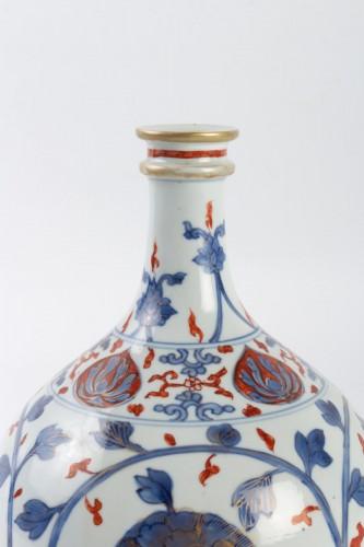 "Japanese Vase ""Apothecary Bottle"" in Porcelain Arita 18th century - Asian Art & Antiques Style"