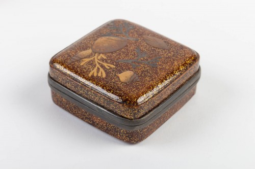 Kogo - Incense Lacquer Box - Asian Art & Antiques Style