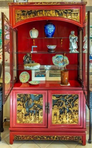 - Large Lacquered Chinese Showcase