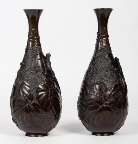 Asian Art & Antiques  - Pair of Japanese Lizards Bronze Vases