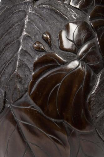 - Pair of Japanese Lizards Bronze Vases