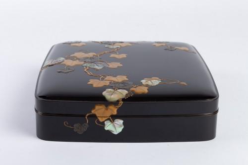 Japanese Lacquered Writing Box - Suzuri Bako Rimpa school - Asian Works of Art Style