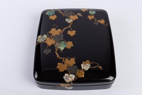 Asian Works of Art  - Japanese Lacquered Writing Box - Suzuri Bako Rimpa school