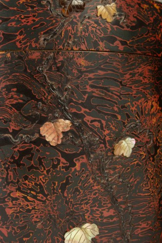 Original Kobako (covered box) of two side-by-side Cylinders - Asian Art & Antiques Style