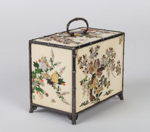 cabinet japonais (kodansu) en ivoire et shibayama par Masa Hisa -