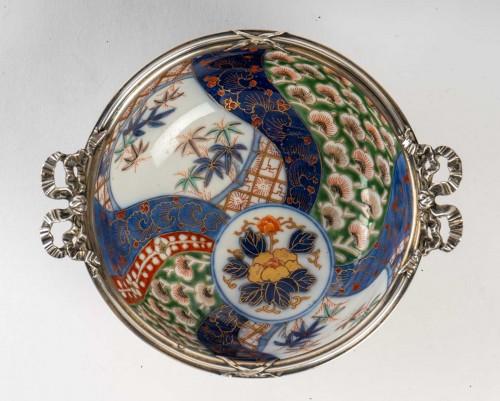Asian Works of Art  -  Japanese Porcelain Bowl - Fukagawa Kilns