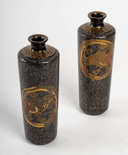19th century - Japanese Lacquered Pair of Dragons Vases