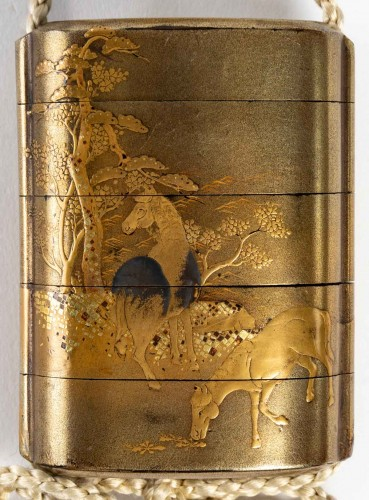 18th century - 4-Case Gold Lacquer Inro of Horses Decoration