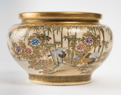Satsuma Earthenware Basin Decorated with Cranes - Asian Works of Art Style