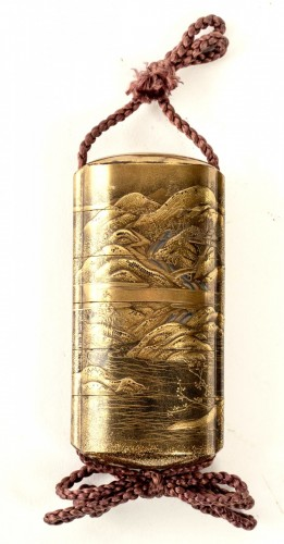 - 5-Case Gold Lacquer Inro by Kakosai Shozan 19th century