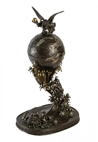 Rare bronze of a Tengu, a dragon and an impressive wave