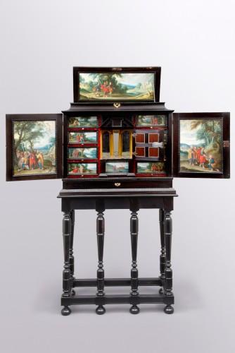 Antwerp Cabinet -