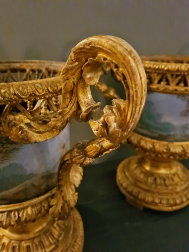 Decorative Objects  - Pair of Carved And Wood Gilded  Vases With Painted Sheet Metal, Rome 178