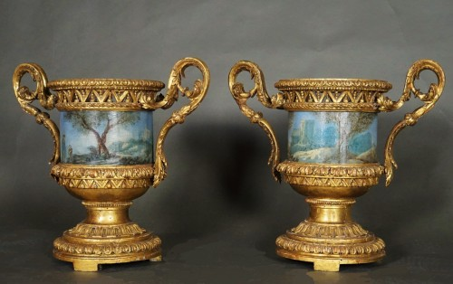 Antiquités - Pair of Carved And Wood Gilded  Vases With Painted Sheet Metal, Rome 178