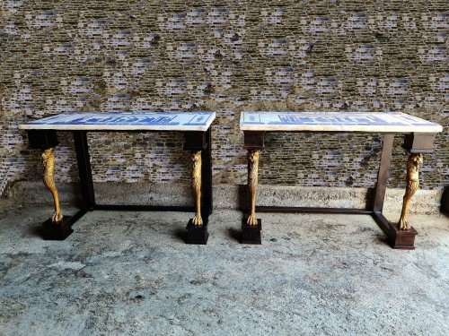 Pair Of Neoclassic Consoles Tables With Scagiole Top, Italy, 19 / 20th Cent - Furniture Style