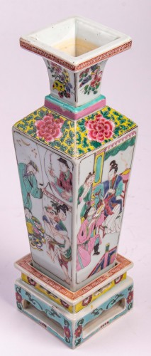 A pair of Famille rose vases on porcelain stands, Yongzheng period -