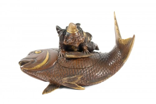 Lacquered bronze & cover with Ebisu on a giant carp, Japan, 19th C.