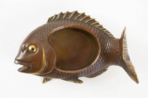 Lacquered bronze & cover with Ebisu on a giant carp, Japan, 19th C. -
