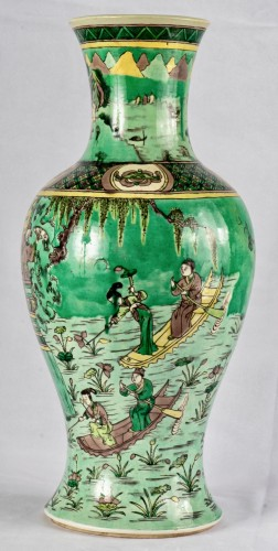 A large Famille verte Guanyin vase, Kangxi period (1662-1722) - Asian Works of Art Style