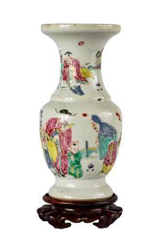 A Rare mastery 3 Star Gods vase, Yongzheng period