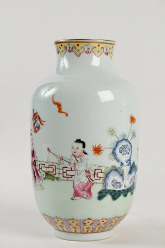20th century - A Famille rose vase decorated with rams and children, Republic era