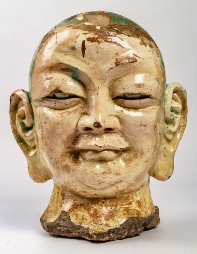 An important Chinese Luhoan head in three-color enamelled stoneware - Asian Works of Art Style