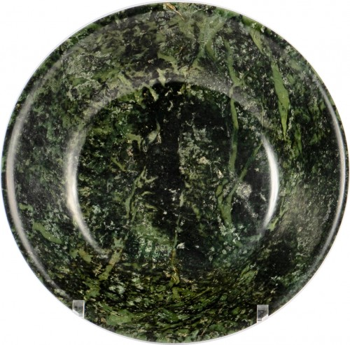A spinach nephrite jade dish, Qianlong period - Asian Works of Art Style