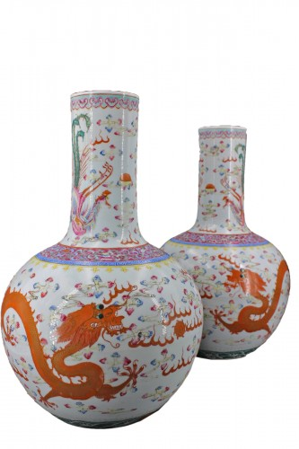 "A Pair of ""tianqiuping"" fencaï vases with dragons and phoenixes"