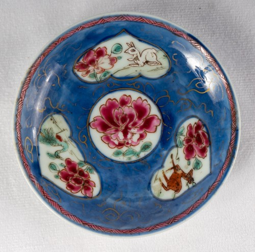 Antiquités - 5 Famille rose half-shell cups and theirs saucers, early Yongzheng period