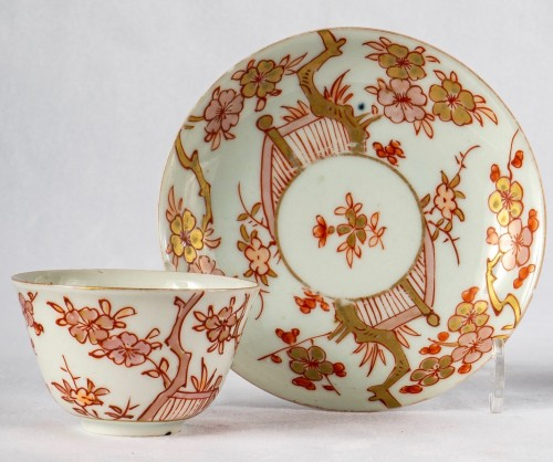 18th century - A Series of 4 iron red and gold cups and saucers, Kangxi period