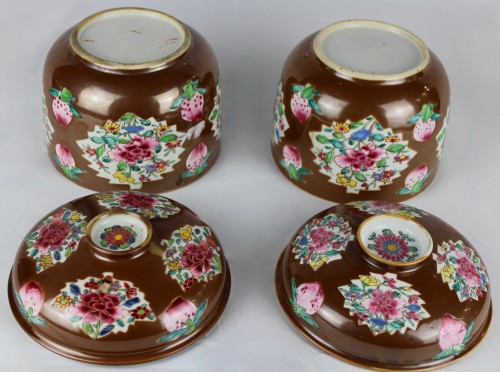 A pair of large Batavian Famille rose covered pots, 18th century -