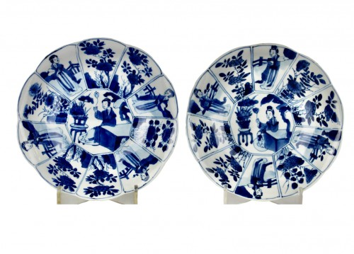 A pair of blue and white Long Elisas saucer dishes, Kangxi period